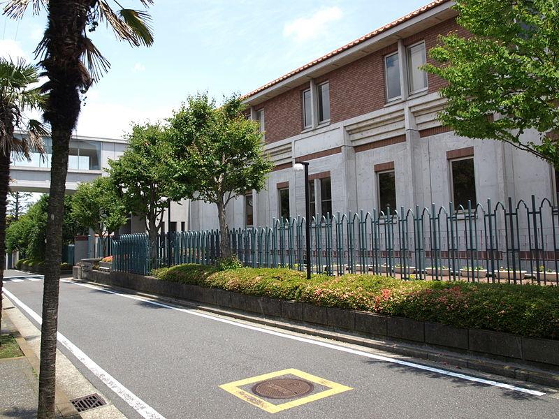 横浜共立学園中学校