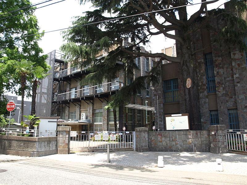 フェリス女学院中学校